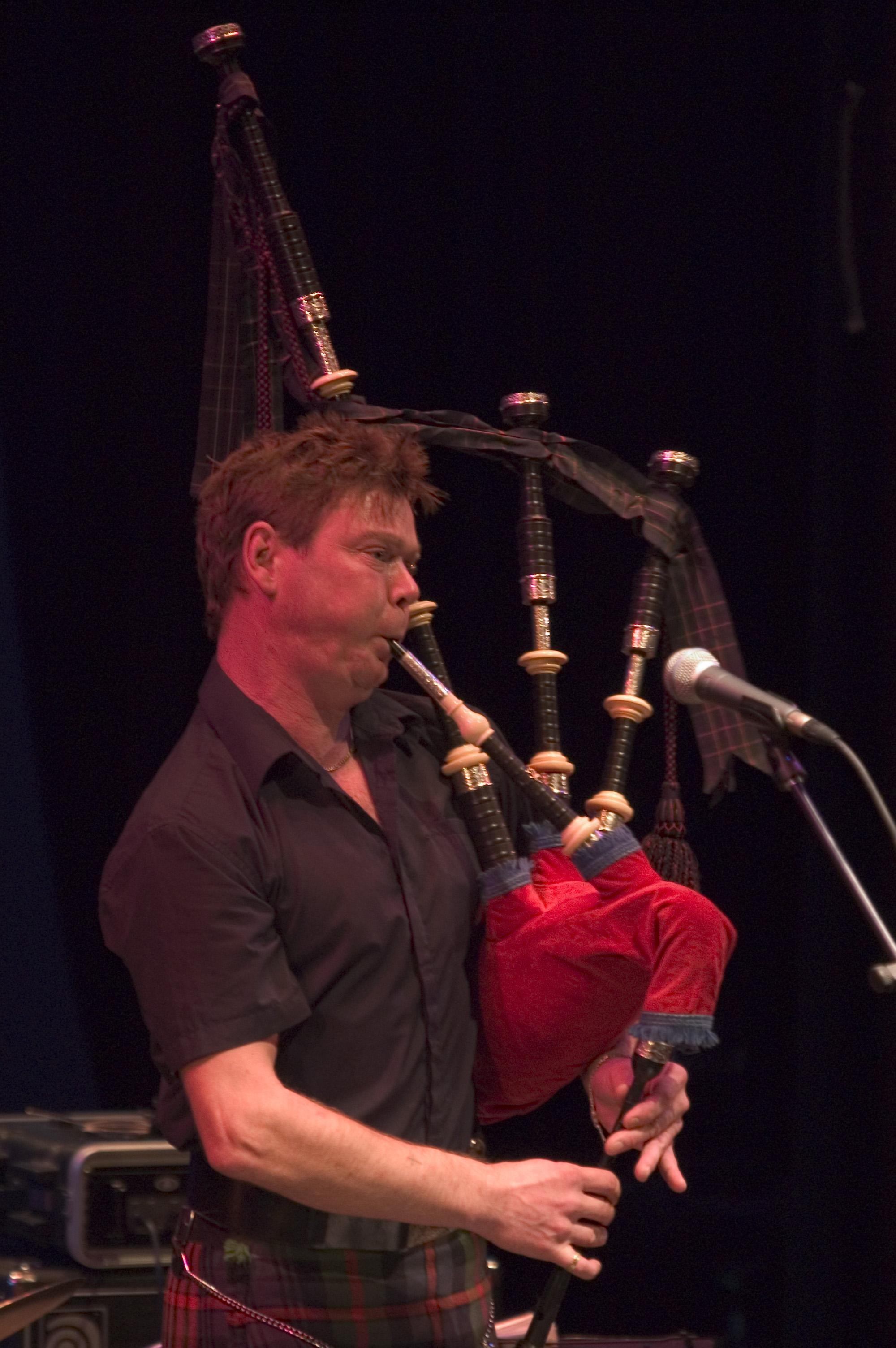Gordon playing at Perthshire Amber, 2005