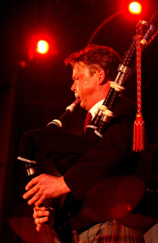 Gordon at a recital in New York